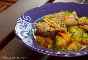 Rezept Hähnchenschmortopf mit Kartoffeln und Pflaumen