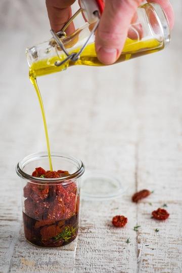 Rezept Halbgetrocknete Tomaten in Olivenöl eingelegt