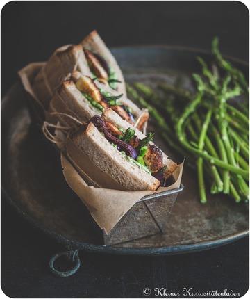 Rezept Halloumi-Sandwich mit gegrilltem Spargel