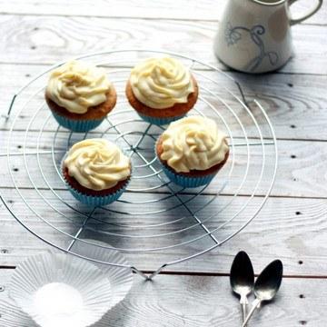 Rezept Haselnuss-Holunder Cupcakes