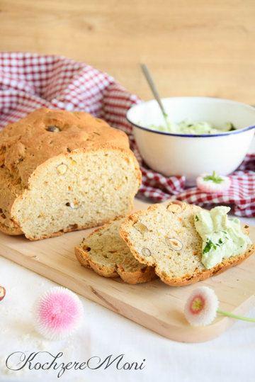 Rezept Haselnuss Möhren Brot mit Bärlauchfrischkäse
