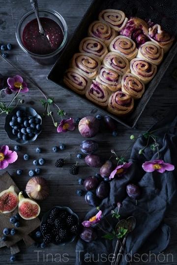 Rezept Hefeschnecken mit Beerenmarmelade