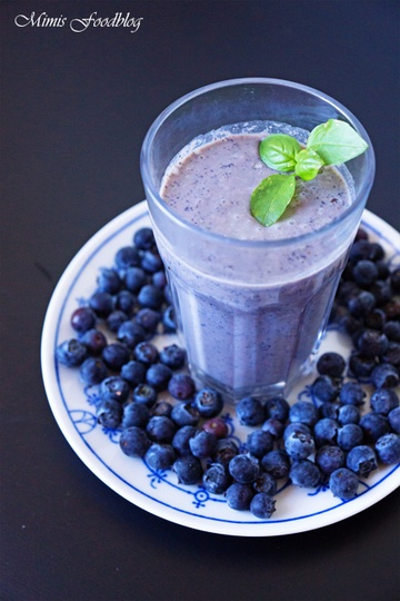 Rezept Heidelbeer-Basilikum Shake