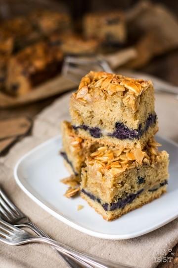 Rezept Heidelbeer-Mandelkuchen vom Blech