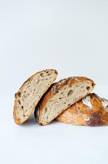 Rezept Helles Weizenbrot mit Sauerteig - Schritt für Schritt Anleitung