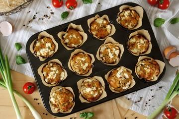Rezept Herzhafte Muffins mit getrockneten Tomaten & Basilikum