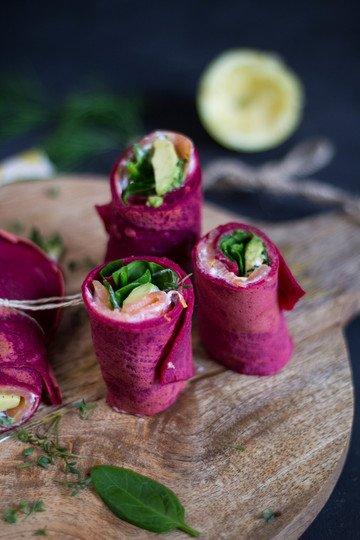 Rezept Herzhafter Rote Beete Wrap mit Räucherlachs und Avocado