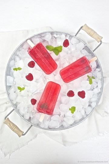 Rezept Himbeer-Melissen-Eis-am-Stiel