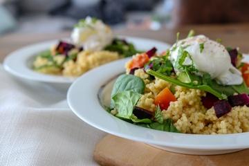 Rezept Hirsesalat mit pochiertem Ei