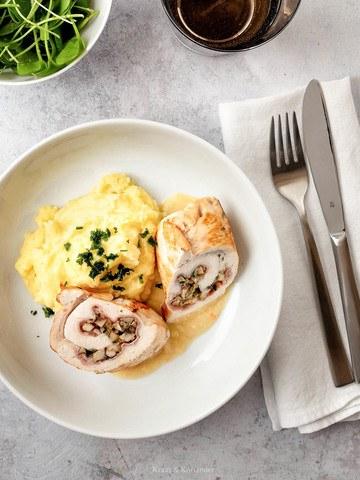 Rezept Hühner-Involtini mit Schinken-Champignon-Füllung