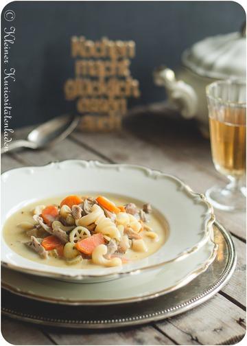 Rezept Hühnercremesuppe mit Nudeln und Gemüse