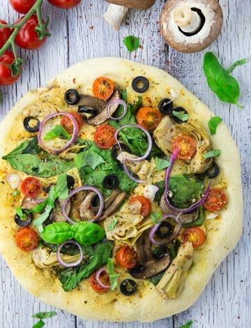 Rezept Hummus Pizza mit Spinat