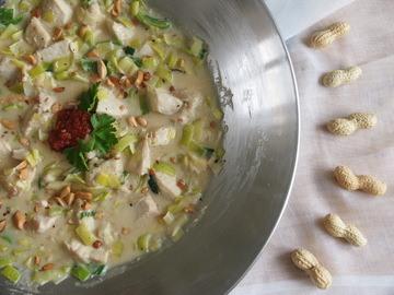 Rezept Hünchen in Erdnussbuttersauce mit Lauch und Chili