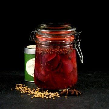 Rezept In Dashi Essig eingelegte rote Zwiebeln