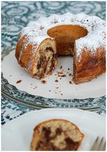 Rezept Italienischer Marmorkuchen mit Mandeln und Olivenöl