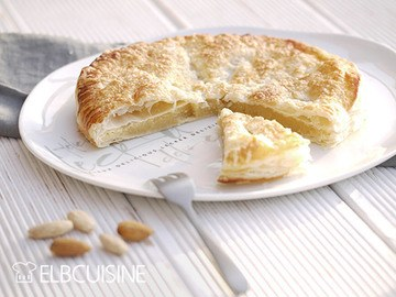 Rezept Jamie's Mandelcreme-Pie mit 5 Zutaten