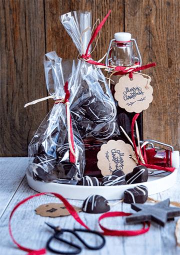 Rezept Johannisbeer-Likör und Pralinen mit Beerenfüllung