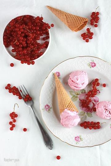 Rezept Johannisbeer-Sesam-Eis