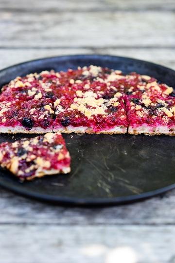 Rezept Johannisbeer-Streuselkuchen mit Sauerteig