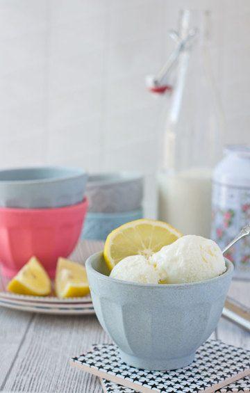 Rezept Kalorienarmer Frozen Yogurt mit Buttermilch und Zitrone
