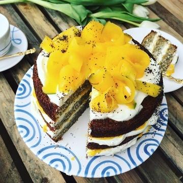 Rezept Karotten Mohn Torte mit Frischkäse Mango Creme