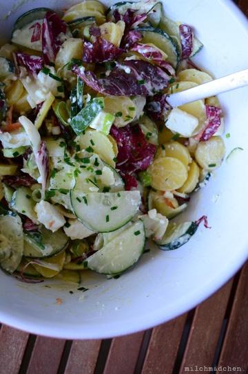 Rezept Kartoffel-Gurken-Radicchio-Salat mit Feta und cremigen Joghurtdressing