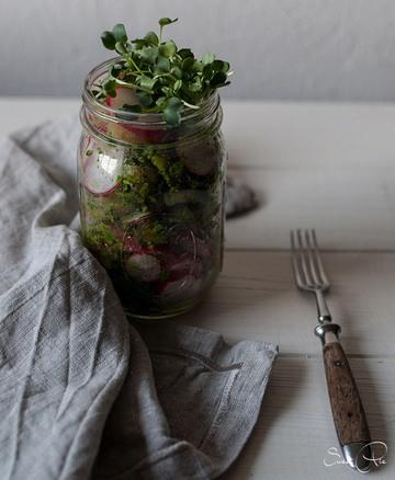 Rezept Kartoffel Radieschen Salat mit Bärlauchpesto