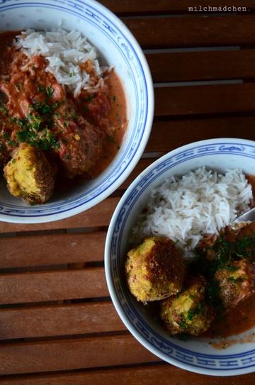 Rezept Kartoffelbällchen in scharfer Currysauce