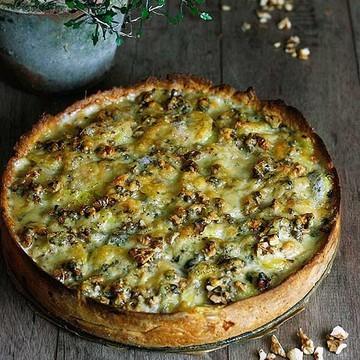 Rezept Kartoffelquiche mit Speck, Roquefort und Walnüssen