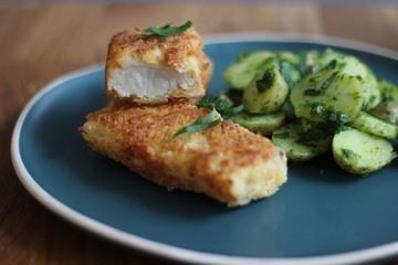 Rezept Kartoffelsalat mit Bärlauch und selbstgemachten Fischstäbchen