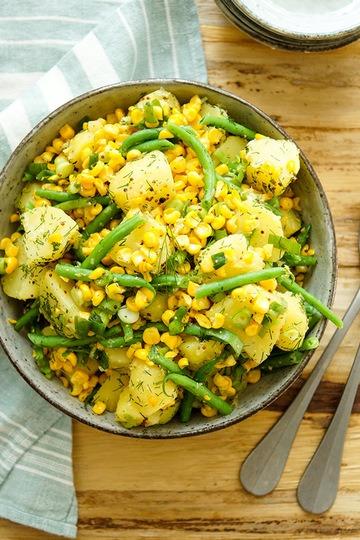 Rezept Kartoffelsalat mit geröstetem Mais und grünen Bohnen