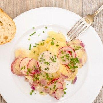 Rezept Kartoffelsalat mit Weißwurst und Radieschen