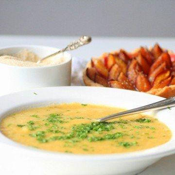Rezept Kartoffelsuppe mit Zwetschgentartelettes
