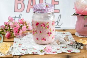 Rezept ♡ Kindheitserinnerungen: Leckere Erdbeermilch ♡
