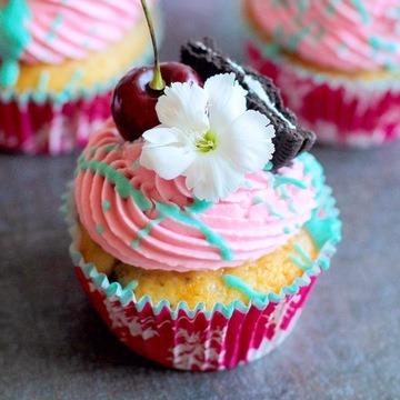 Rezept Kirsch-Oreo Cupcakes
