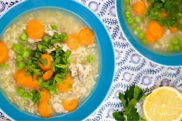 Rezept Klassische Hühnersuppe mit Reis