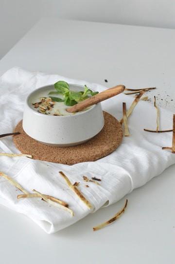 Rezept Knoblauchcreme mit Feldsalat
