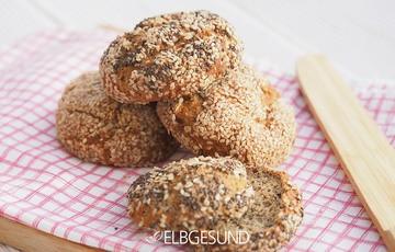 Rezept Knusprige Chia-Brötchen aus guten Zutaten!