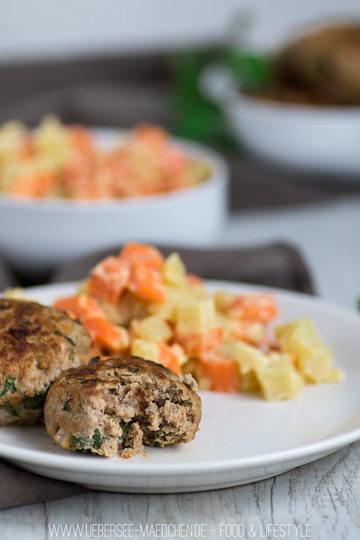 Rezept Kohlrabi-Möhren-Gemüse mit Frikadellen