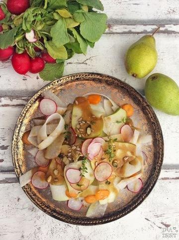 Rezept Kohlrabisalat mit Birne und Erdnussdressing
