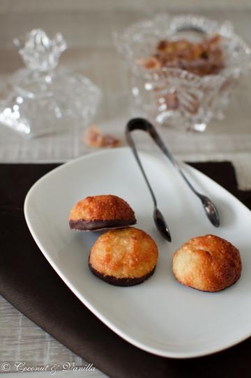 Rezept Kokosmakronen mit Schokofüsschen