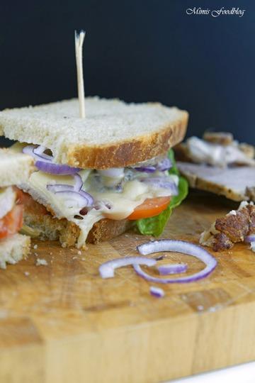 Rezept Krustenbraten Sandwich mit Knoblauchcreme