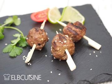 Rezept Kulinarische Genüsse aus der Sizzle Zone – asiatische Meatballs, saftiges Steak und aromatisches Gemüse // Anzeige