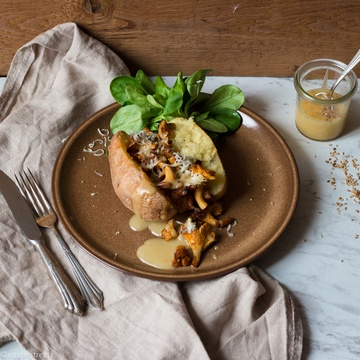 Rezept Kumpir mit Pfifferlingen und Sesam-Mayonnaise