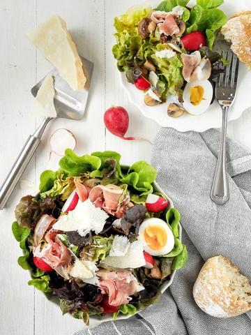 Rezept Kunterbunter Blattsalat mit Balsamico-Dressing