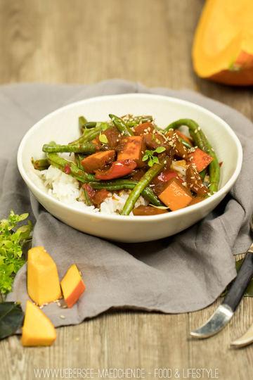 Rezept Kürbis-Curry mit Hokkaido, Paprika und Bohnen
