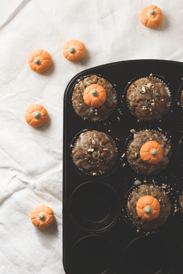 Rezept Kürbis-Haselnuss-Muffins mit Zuckerguss