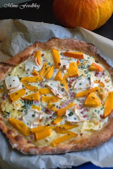 Rezept Kürbis-Ziegenkäse Pizza