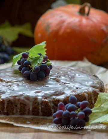 Rezept Kürbiskuchen mit Trauben und Walnüssen