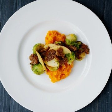 Rezept Kürbispüree mit Rosenkohl-Maronen-Gemüse